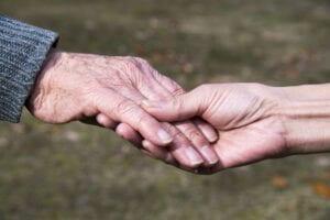 Kränker Sverige mänskliga rättigheter för äldre?
