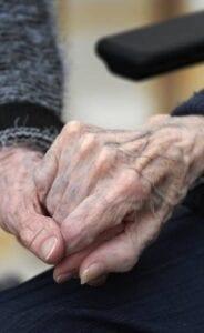 Kränker Sverige de mänskliga rättigheterna för de äldre?